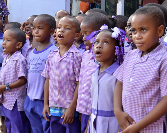 Kids-singing2